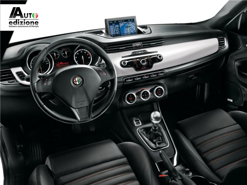 nieuwe accessoires voor de alfa romeo giulietta auto. Black Bedroom Furniture Sets. Home Design Ideas