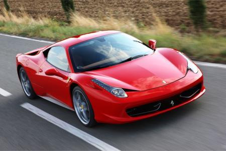 Ferrari 458 Italia Valt In De Prijzen Auto Edizione