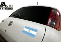 Fiat Uno reist af naar Argentinië