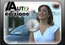 Laura Soave prijst de Fiat 500 vast aan bij het Amerikaanse publiek