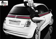 Model Natasha Poly gaat Fiat 500 by Gucci aanbevelen