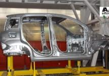 Nieuwe Fiat Panda warmt zich op voor productie