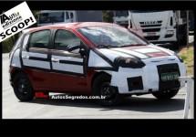 Nieuwe Fiat Palio geeft zich bijna bloot