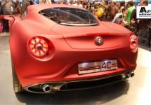 Productieversie Alfa Romeo 4C wordt onthuld in Parijs