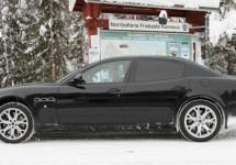 Nieuwe E-segment Maserati warmt zich op in de sneeuw