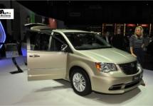 Lancia Voyager nu ook in Silver en Platinum uitvoeringen