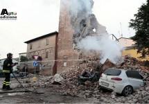 Ferrari en Lamborghini lijden geen schade door aardbeving