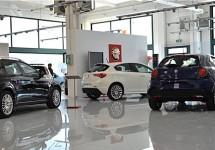 Steeds meer Italiaanse dealers doen het licht uit