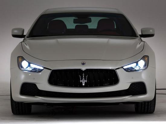 Maserati-Ghibli-2013-Shanghai-Motor-Show-01