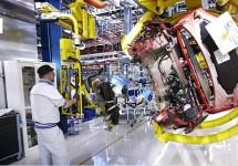 Volkswagen technici bezoeken Pomigliano d'Arco
