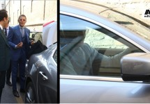Lapo Elkann naar het werk in Maserati Ghibli