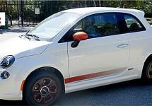 Fiat 500E wordt geveild met handtekening Hollywoodster
