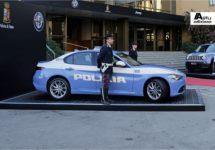Italiaanse politie stapt in Alfa Giulia Veloce