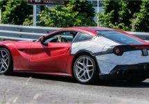 Ferrari naar Genève met F12M