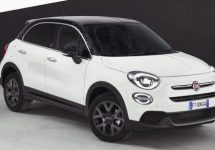 Fiat viert 120 jarig jubileum in Genève in zwart-wit