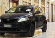 Lancia Ypsilon Black and Noir is geen rouwkrans